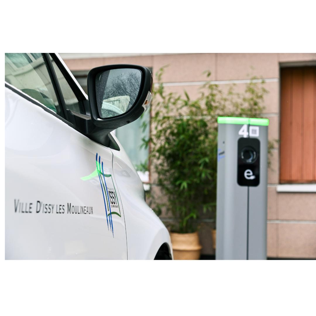 Issy-les-Moulineaux lance officiellement le réseau de bornes de recharge Métropolis
